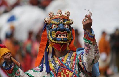 """בעקבות קול הדממה- הדרך הרוחנית עפ""""י הבודהיזם הטיבטי."""